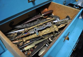 Drawer-o-daggers